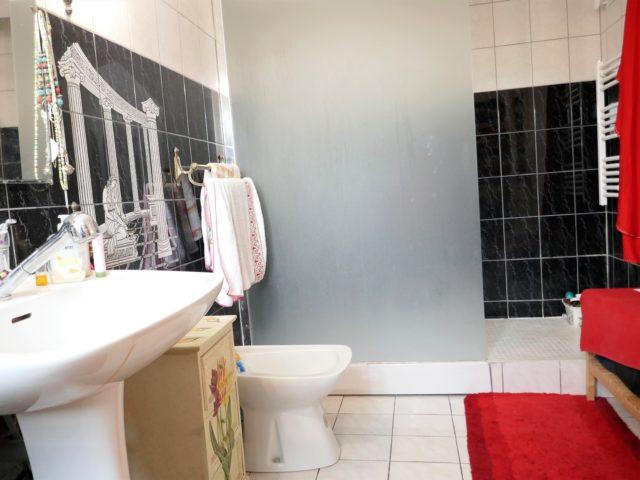 Maison Salle de douches e-bis-immobilier