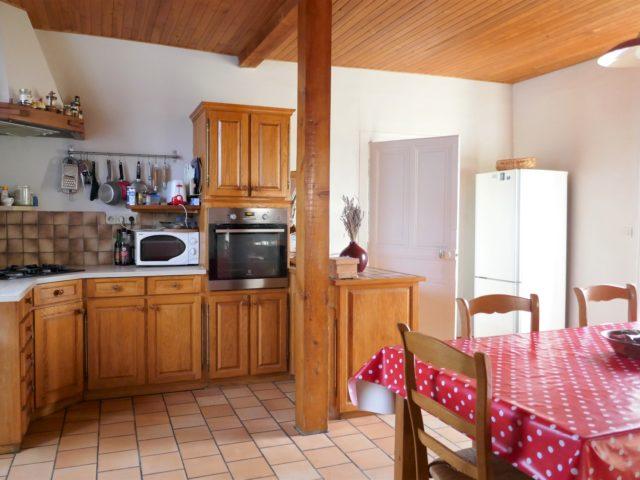 Maison Trélazé cuisine2 e-bis-immobilier