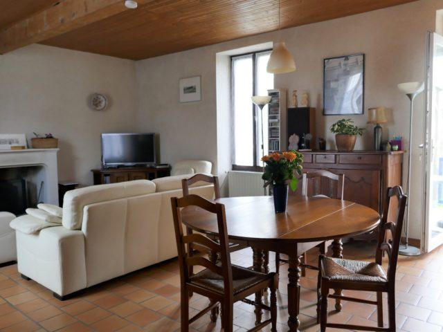 Maison Trélazé salon-séjour e-bis-immobilier
