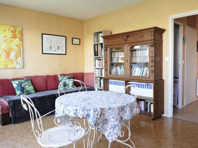 Appartement Angers T2 séjour-salon e-bis-immobilier