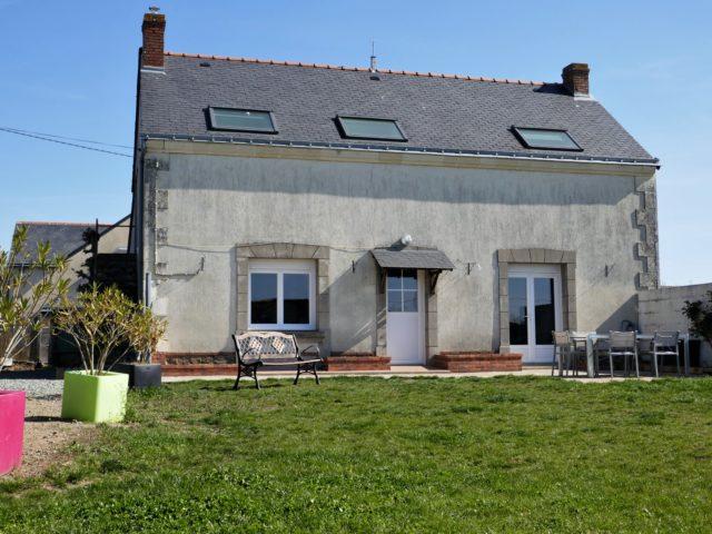 Maison Beaulieu sur Layon exterieur e-bis-immobilier