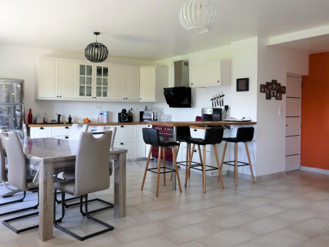 Maison Beaulieu sur Layon pièce de vie 2 e-bis-immobilier