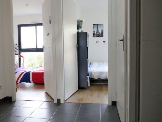 Maison Bouchemaine palier étage e-bis-immobilier