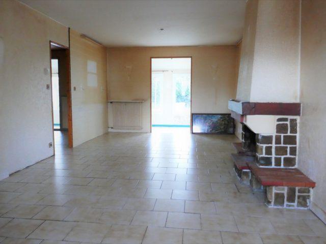 Maison Bouchemaine Pruniers salon-séjour e-bis-immobilier