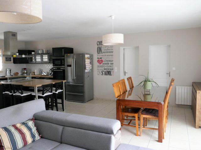 Maison salon-séjour-cuisine Beaulieu e-bis-immobilier